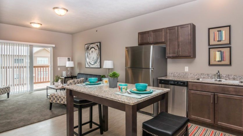 Edgerton Apartments-II 1Bed 1Bath-Dining