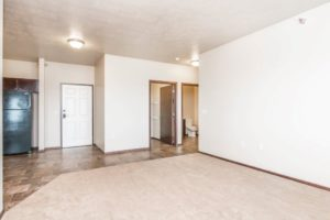 Edgerton Apartments in Mitchell, SD-2Bed 1Bath-Entrance View