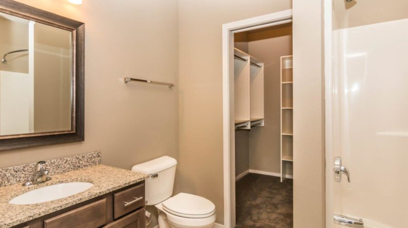 Edgerton Apartments II in Mitchell, SD 2Bed 2Bath-Bathroom