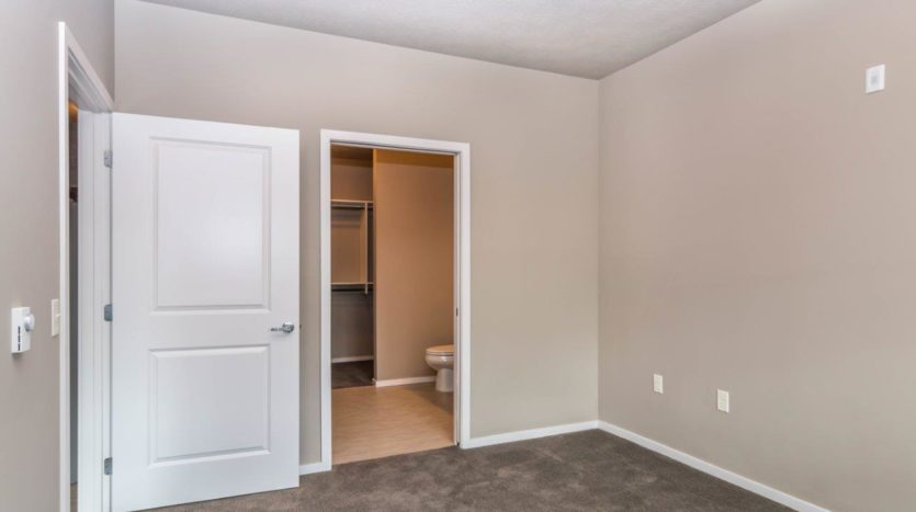 Edgerton Apartments II in Mitchell, SD 2Bed 2Bath-Bedroom 2