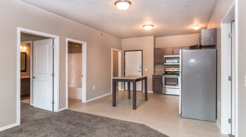 Edgerton Apartments II in Mitchell, SD 2Bed 2Bath-Kitchen View