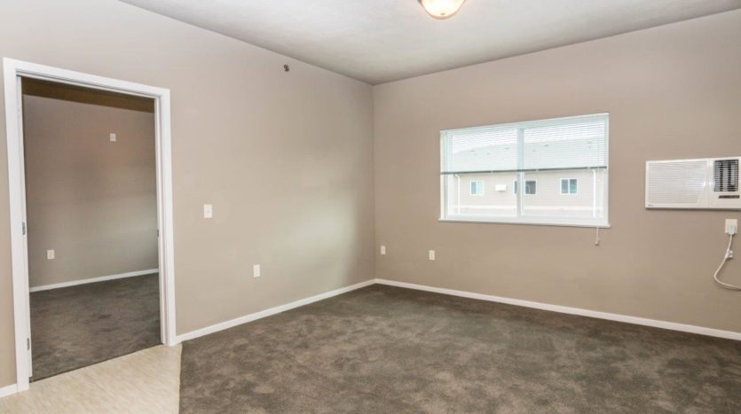 Edgerton Apartments II in Mitchell, SD 2Bed 2Bath-Living Room