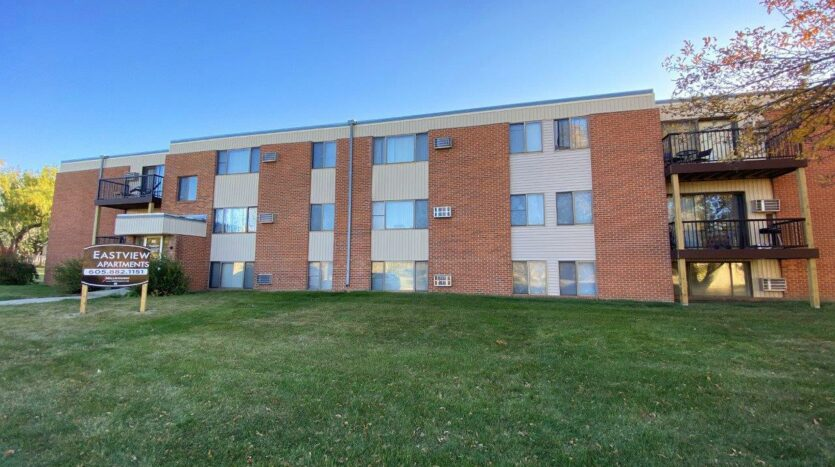 Eastview Apartments in Watertown, SD - Exterior