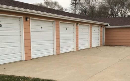 River Valley Garages in Yankton, SD - Exterior