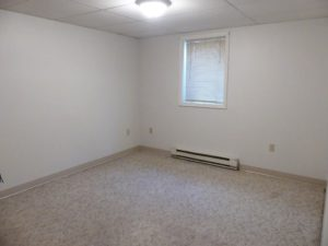 602/604 5th St in Brookings, SD - Unit 604 1/4 Bedroom 1