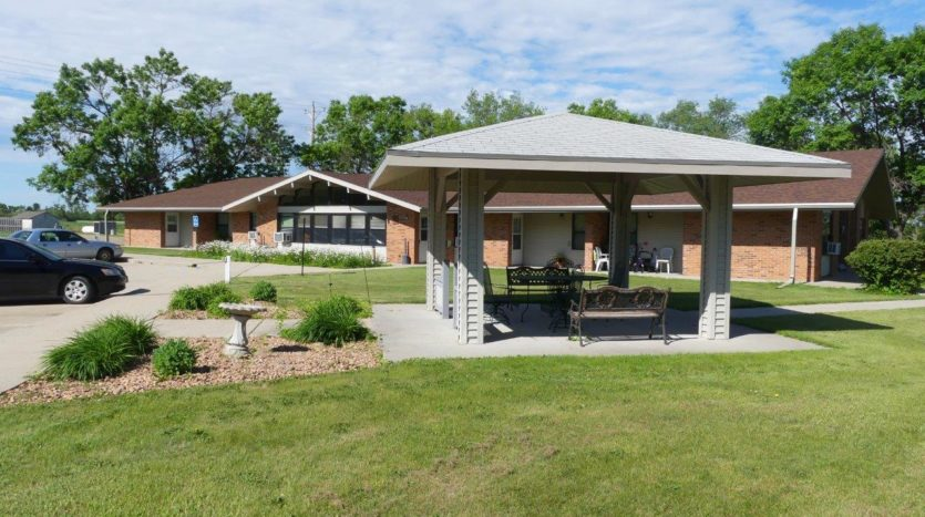 Prairie View Homes in Woonsocket, SD - 301 and 303 Gazebo