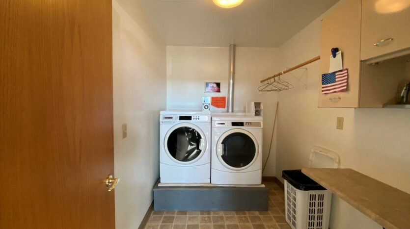 Prairie View Homes in Woonsocket, SD - 303 Laundry