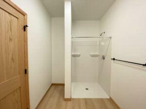 Egan Ave Residence in Madison, SD -703 suite 2 shower