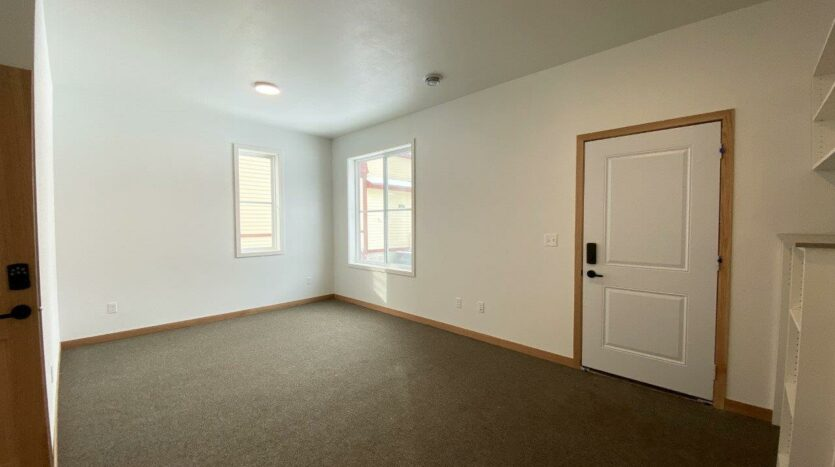 Egan Ave Residence in Madison, SD - 703 suite 2 with private entrance