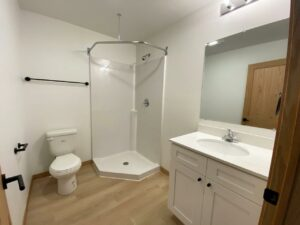 Egan Ave Residence in Madison, SD - 703 suite 6 bathroom