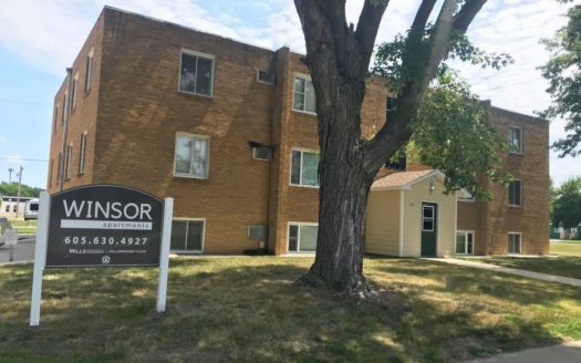 Winsor Apartments in Mitchell, SD - Exterior