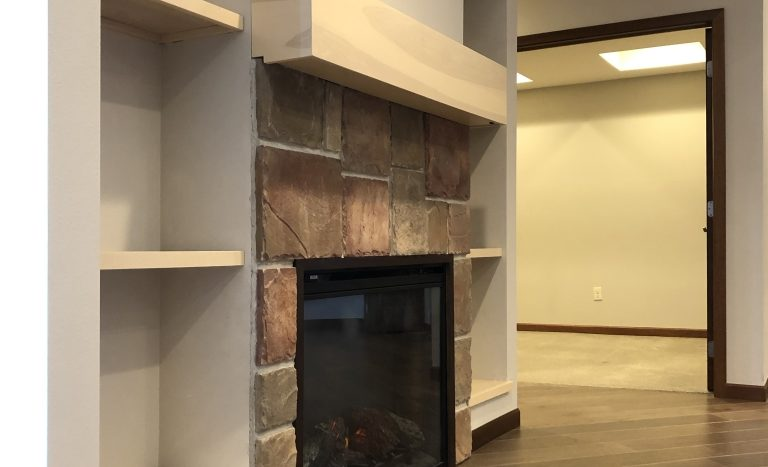 One Willow Creek Apartments in Watertown, SD - Aspen fireplace