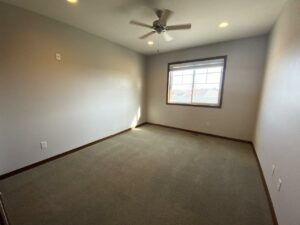 One Willow Creek Apartments in Watertown, SD - Willow Oak Guest Bedroom