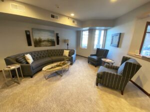 One Willow Creek Apartments in Watertown, SD - Community Area 2