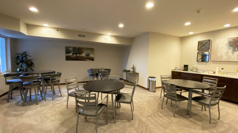 One Willow Creek Apartments in Watertown, SD - Community Area 3
