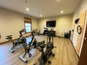 One Willow Creek Apartments in Watertown, SD - Fitness Room