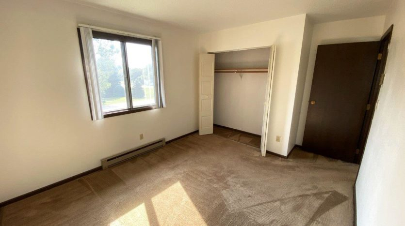 Applecrest Apartments in Big Stone City, SD - Bedroom 1 Closet