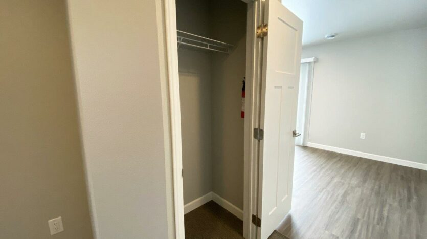 Fox Run Townhomes in Yankton, SD - Upstairs 1 Bed Front Closet