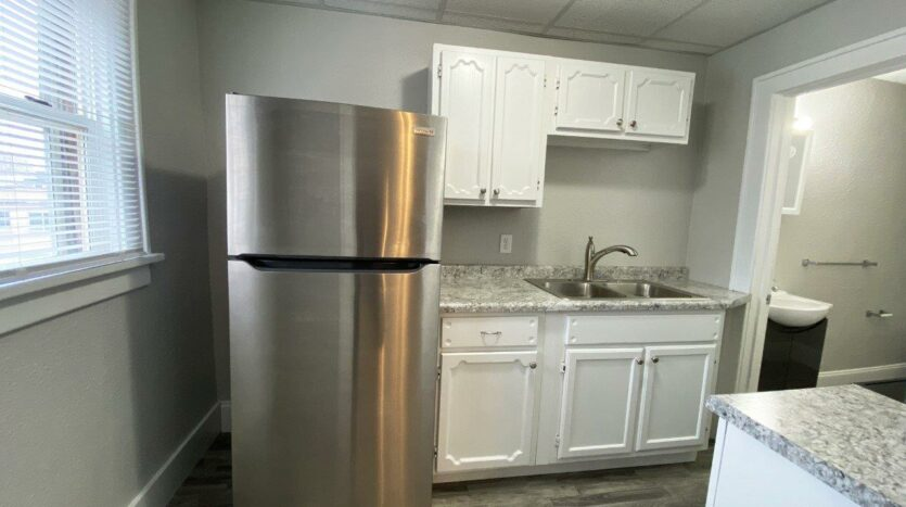 Palace View Apartments in Mitchell, SD - Kitchen2