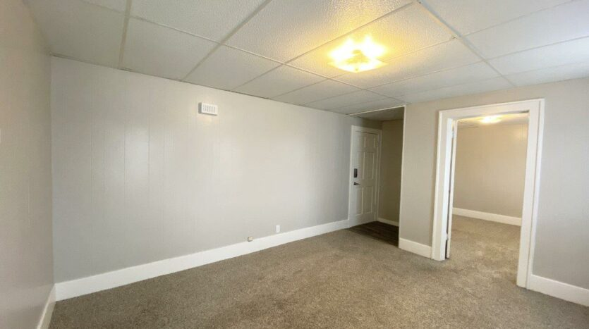 Palace View Apartments in Mitchell, SD - Living Room2