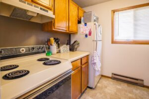Riverset Apartments in Pierre, SD - 1 Bedroom Kitchen3