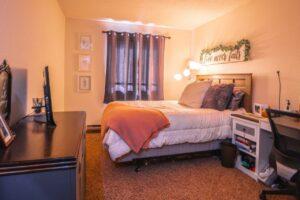 Riverset Apartments in Pierre, SD - 1 Bedroom Bedroom Window