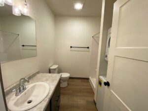Flats on 8th in Watertown, SD - Studio Apartment Bathroom