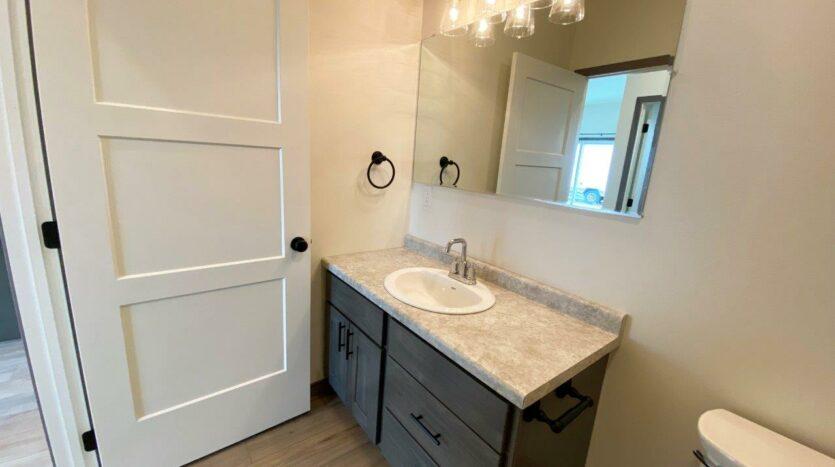 Flats on 8th in Watertown, SD - 1 Bedroom Apartment Bathroom Vanity