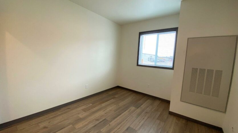 Flats on 8th in Watertown, SD - 1 Bedroom Apartment Bedroom