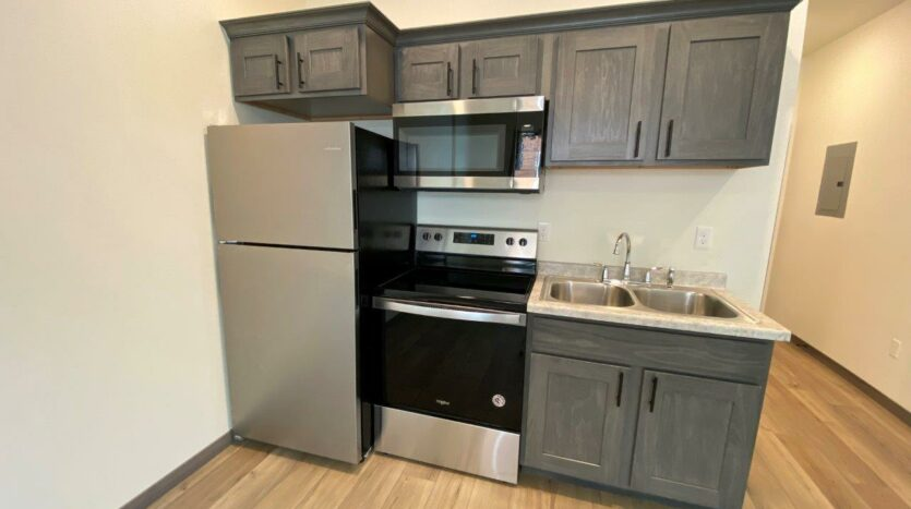 Flats on 8th in Watertown, SD - Studio Apartment Kitchen