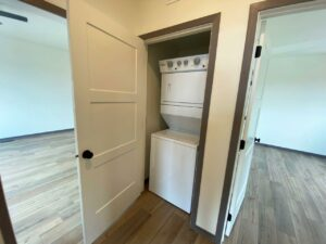 Flats on 8th in Watertown, SD - 2 Bedroom Apartment Laundry