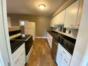 813 NE 8t Street in Madison, SD - Kitchen