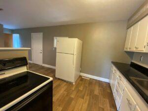 813 NE 8t Street in Madison, SD - Kitchen4