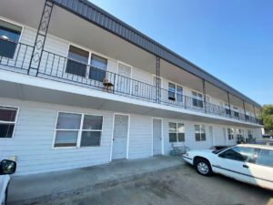 9Two5 Apartments in Mitchell, SD - Exterior3