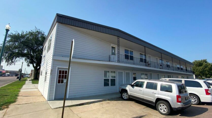 9Two5 Apartments in Mitchell, SD - Exterior2